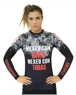 RASHGUARD FEMININO CHEGA DE ASSÉDIO (MEXEU COM UMA, MEXEU COM TODAS)